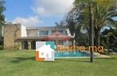 Villa spacieuse de 2000m² avec piscine à la Pinéde
